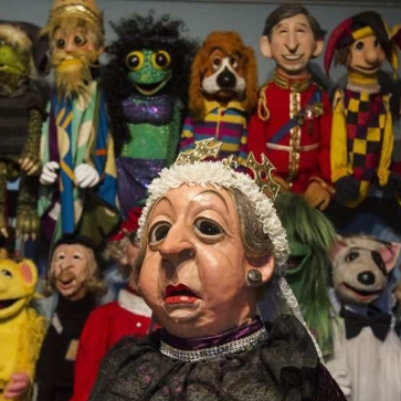 puppeteer-noreen-young-with-only-a-fraction-of-her-creations